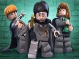 Speel als de tovenaars Harry, Ron en Hermelien en honderden andere personages.