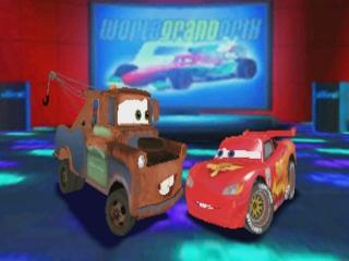 Speel met je favoriete Cars-persoonlijkheden zoals Bliksem Mcqueen en Takel.