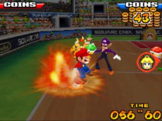 Voer special shots uit door logo's van personages op het touchscreen te tikken, zoals de M van Mario!